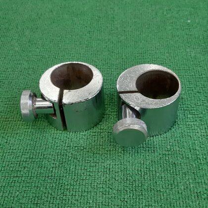 Stieņa galu 50 mm atslēgas. Svars ap 1,25 kg. Cena 11,99 eur pāris