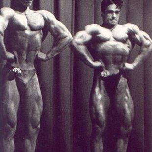 Armands Dārznieks un Sandijs Jurjaks  Armands Dārznieks (no kreis.) Latvijas čempions juni
